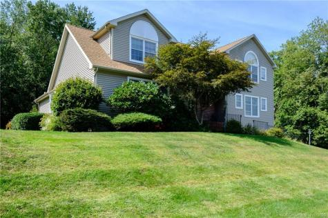 140 Pond View Watertown CT 06795