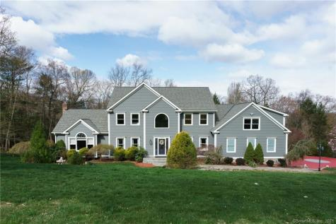 223 Grey Rock Southbury CT 06488