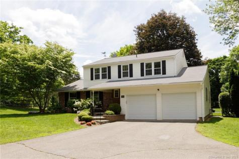 141 Tyler Crossing Middlebury CT 06762