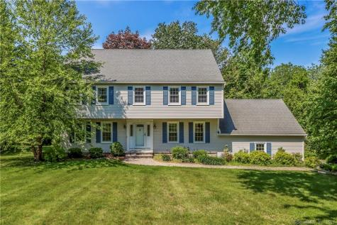 16 Maplewood Drive New Milford CT 06776