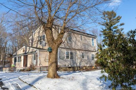 8 Mohican Watertown CT 06795