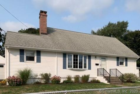 15 Sandy Hollow Waterford CT 06385