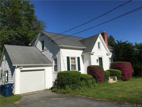 94 Great Neck Waterford CT 06385