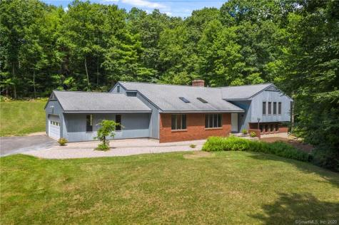 286 Barbourtown Canton CT 06019