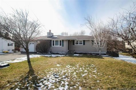 26 Middleton Drive New Fairfield CT 06812