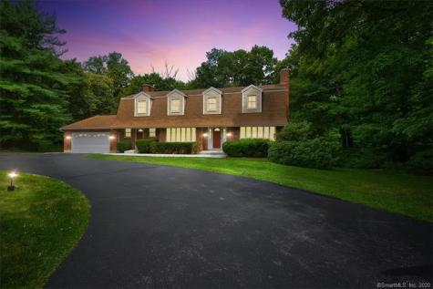 148 Central Middlebury CT 06762