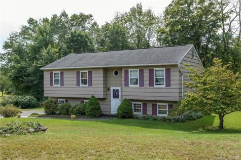 61 Meadowland New Milford CT 06755