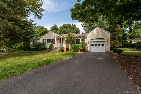 10 Rockview Cheshire CT 06410