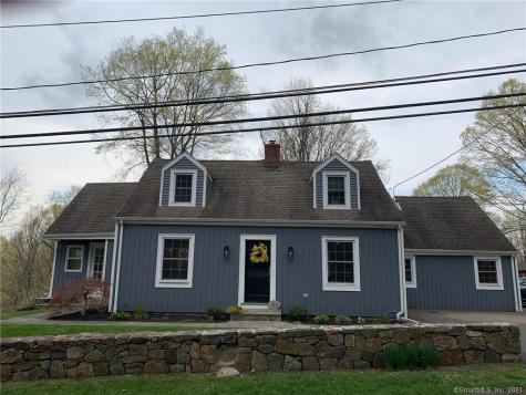 148 Middle River Danbury CT 06811