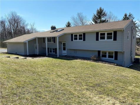 310 Ledgewood Watertown CT 06795