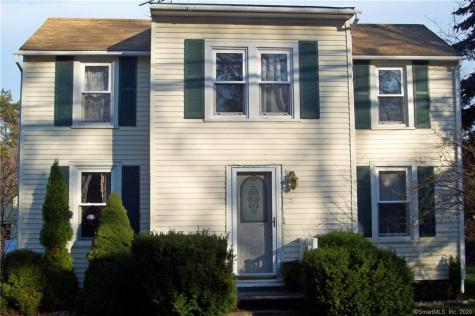 51 Chesterfield East Lyme CT 06333