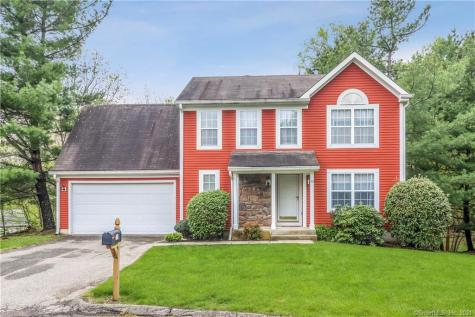 33 Indian Hill Road Monroe CT 06468