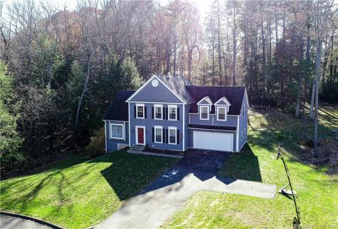 16 Waverly East Granby CT 06026