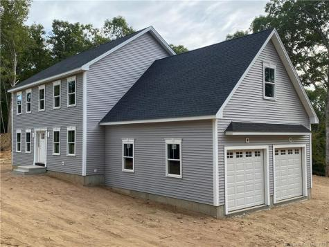 43 Mostowy East Lyme CT 06333