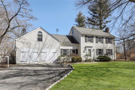 63 Long Meadow Hill Brookfield CT 06804
