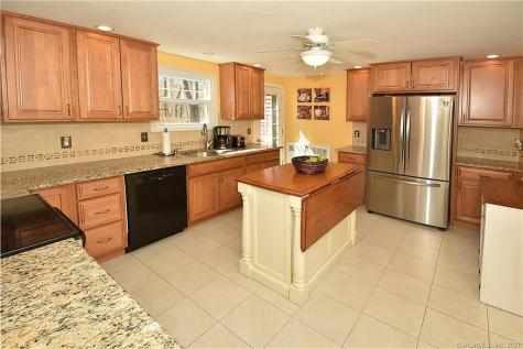 68 Cornwall Coventry CT 06238