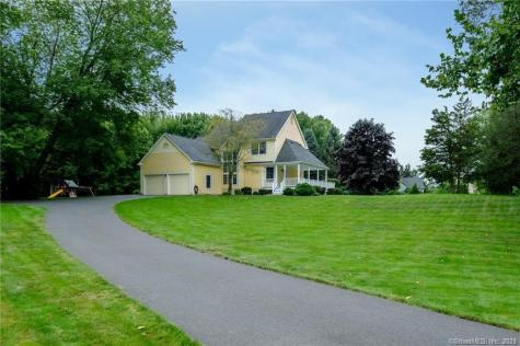 23 Country Club East Granby CT 06026