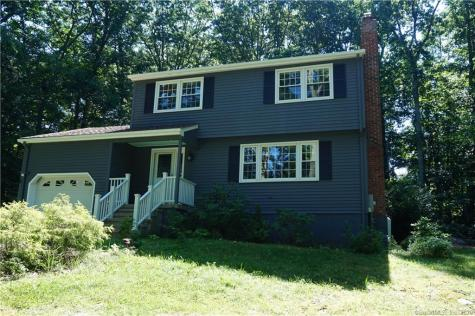 40 Stoneywood East Lyme CT 06357