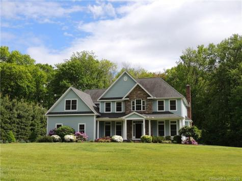5 Saddle Ridge Southbury CT 06488