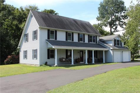 25 Housatonic Newtown CT 06482