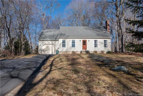 23 Country Village Clinton CT 06413