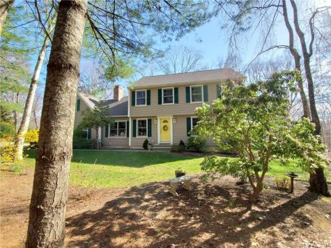 14 Dickinson Deep River CT 06417