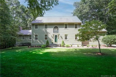 22 Silver Birch Road New Milford CT 06776