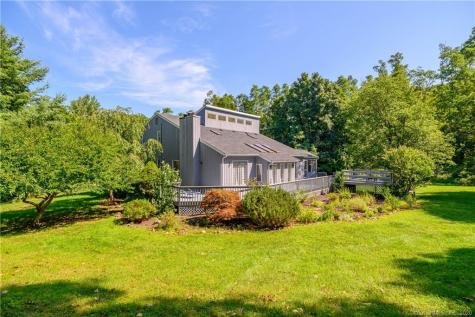 3 Twin Ponds New Fairfield CT 06812