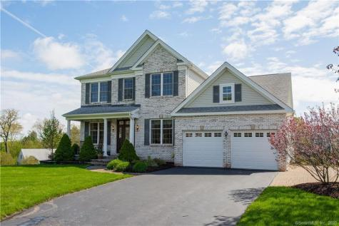 18 West Hill Bloomfield CT 06002