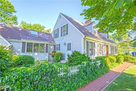 31 Cromwell Place Old Saybrook CT 06475