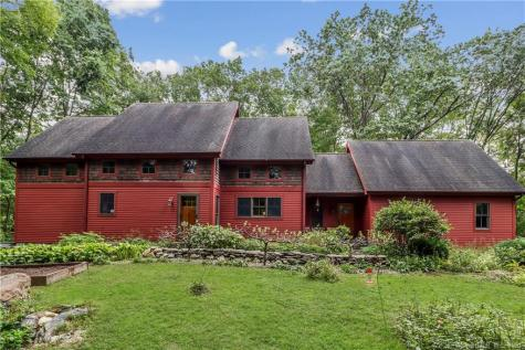 103 Rooster Tail Hollow New Milford CT 06776