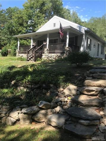 128 Woodland Coventry CT 06238