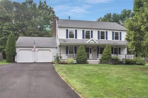 495 Chestnut Cheshire CT 06410