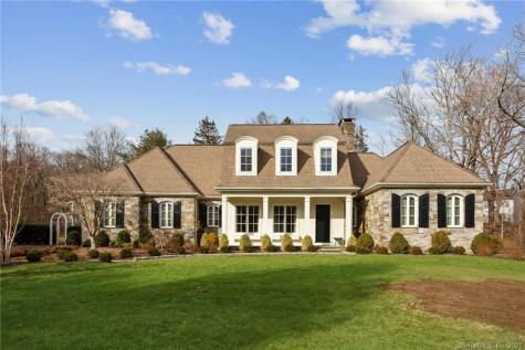 2 Mountaincrest Cheshire CT 06410
