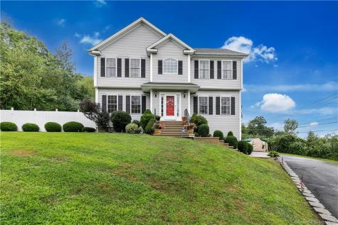 262 Blackberry Hill Beacon Falls CT 06403