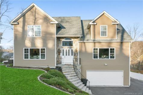32 Candlewood Shores Brookfield CT 06804