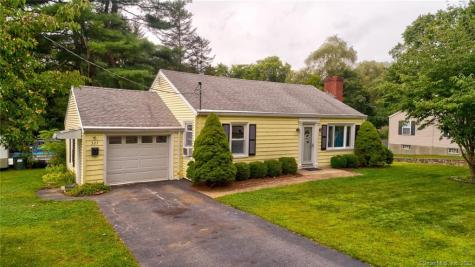 327 New London Norwich CT 06360