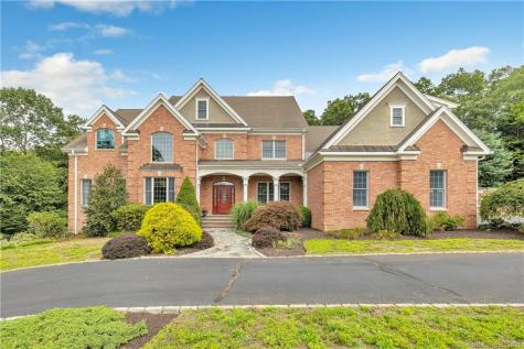6 Clydesdale Court Monroe CT 06468