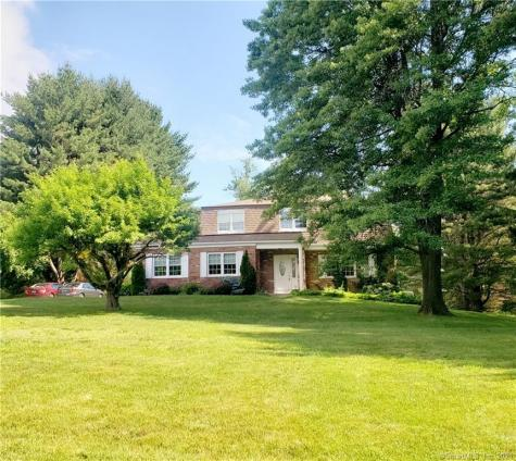9 Standish Road New Milford CT 06776
