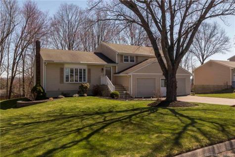 11 Brittany Cromwell CT 06416