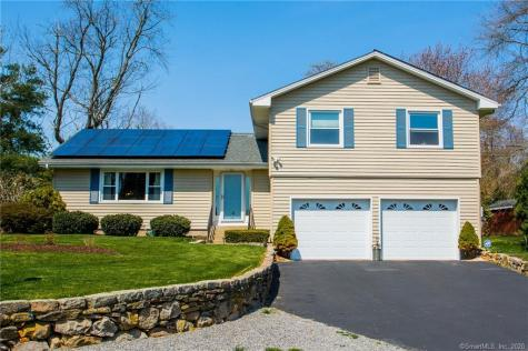 57 Lamphere Waterford CT 06385