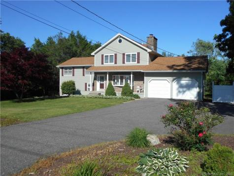 456 Bethmour Bethany CT 06524