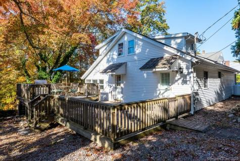 38 Bayview East Lyme CT 06357
