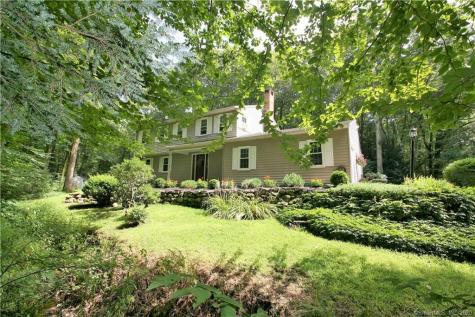 6 Chiswick Barkhamsted CT 06063