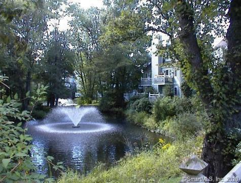 211 Old Pond Norwich CT 06360