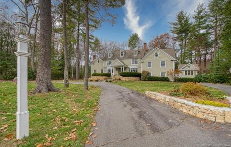 112 Country Club Avon CT 06001