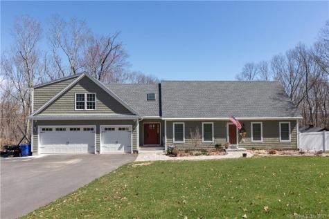 24 South Bartlett Waterford CT 06375