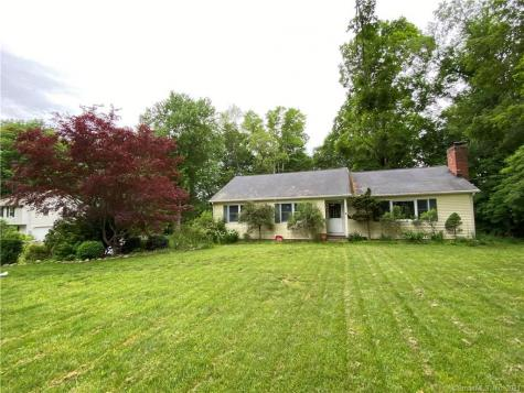72 Long Meadow Hill Brookfield CT 06804